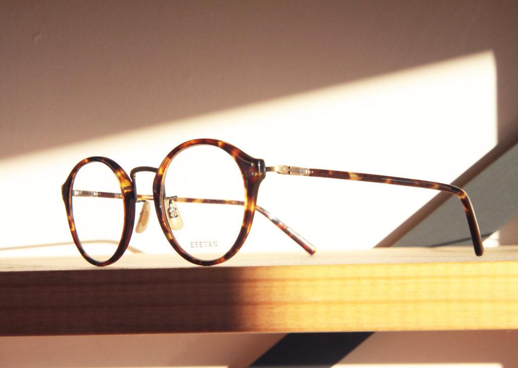EYEVANのメガネsol